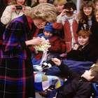 ¿Por qué Lady Di nunca llevaba guantes?