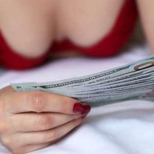 """""""Me prostituí para pagar meus estudos e hoje me arrependo"""""""