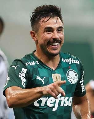 Palmeiras vence o Santos por 3 a 2 e segue vivo no Paulistão