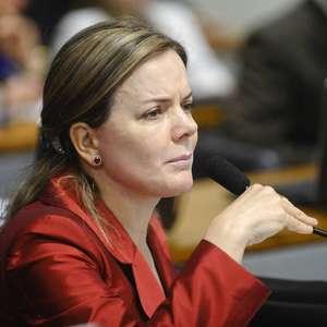 "Gleisi ""libera"" vencedores da Mega de pagarem dízimo ao PT"