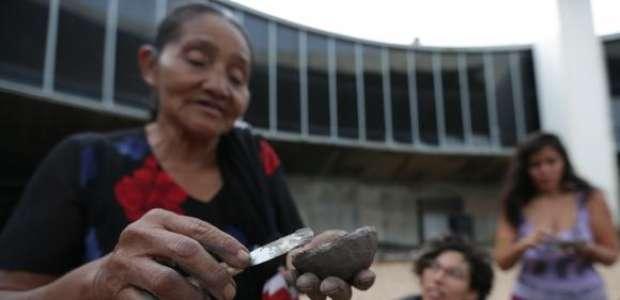 Um milhão de indígenas buscam alternativas para sobreviver