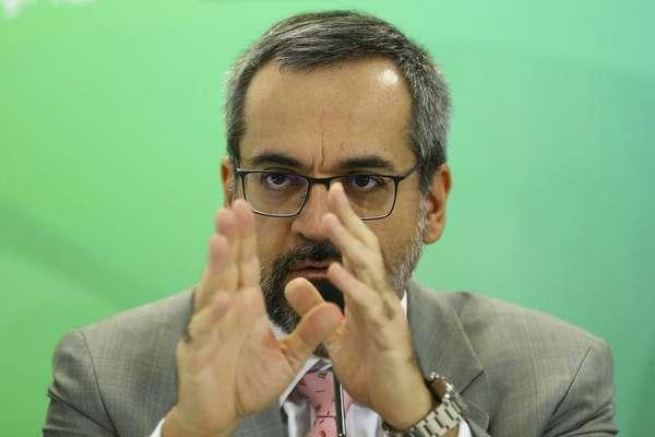 A proposta do ministro Abraham Weintraub não seria assim tão fácil de ser colocada em prática
