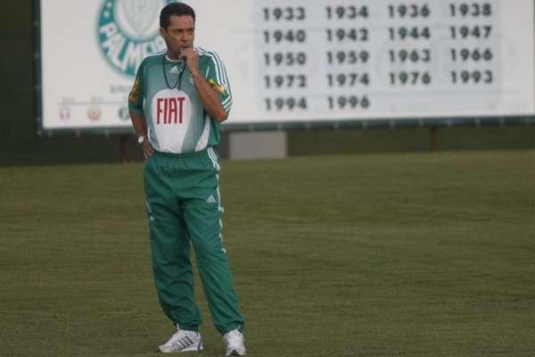 Vanderlei Luxemburgo tinha missão e cenário parecidos há 12 anos no Palmeiras (Reginaldo Castro/Lancepress!)