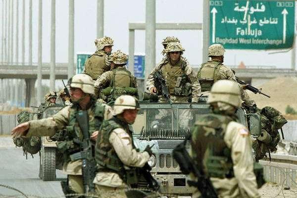 Tropas americanas em Fallujah, Iraque