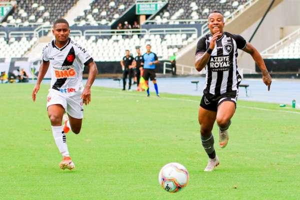 Botafogo e Vasco disputaram o clássico da rodada na Taça Guanabara neste domingo (Foto: J Ricardo/Ag Freelancer)