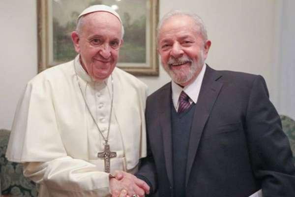 O Papa Francisco e o ex-presidente Lula