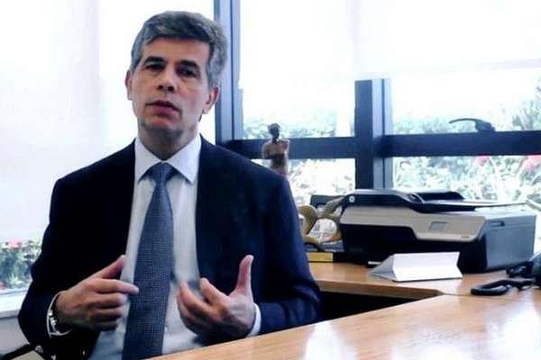 Nelson Teich foi consultor informal na campanha eleitoral de Bolsonaro e chegou a ser cotado para assumir o Ministério da Saúde após a eleição