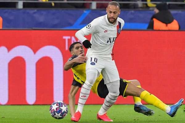 Barcelona deseja contar com Neymar na próxima temporada (Foto: TOBIAS SCHWARZ / AFP)