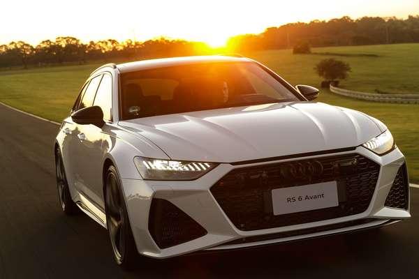 4.0 liter V8 biturbo engine now has 600 hp and light hybrid system.