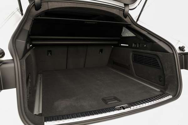 565-liter trunk is one of the practicality items of the Audi RS 6 Avant.