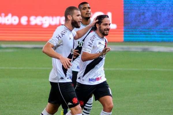 Benítez foi destaque no Vasco, mas a equipe como um todo teve saldo positivo (Foto: RENATO GIZZI/Photo Premium)