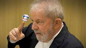 """""""Vou fazer um protesto na porta da Globo"""", avisa Lula"""