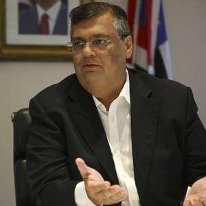 Bolsonaro viola Constituição com medida sobre NE, diz Dino