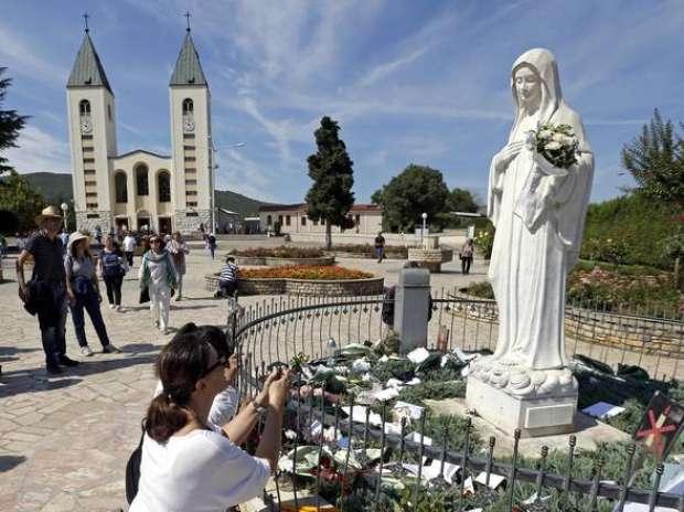 Papa autoriza peregrinação em contestado santuário na Bósnia