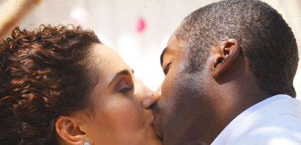 'Lado a Lado': Isabel e Zé Maria se casam no último capítulo