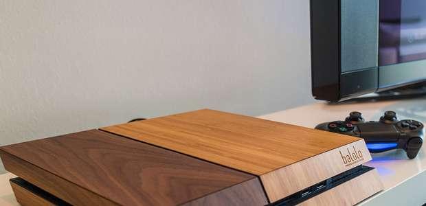 Fabricante alemã desenvolve capa de madeira para PS4