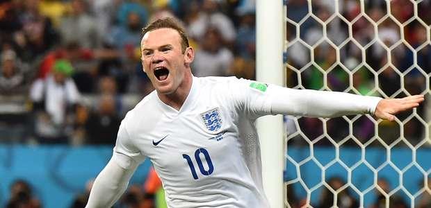 Rooney marca 1º gol em Copas, mas não evita queda inglesa