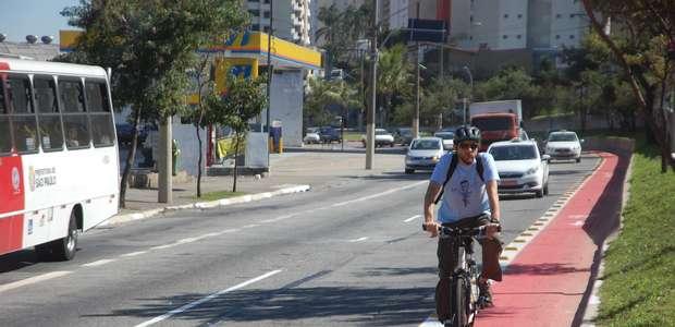 Jornal: empresa com bicicletário pode ter desconto no IPTU