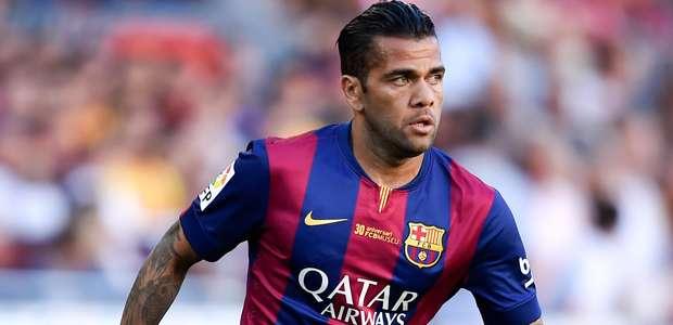 Dani Alves pode assinar com a Juve nesta semana, diz jornal