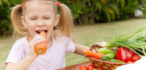 Zanahorias y otros 5 alimentos que ayudarán su hijo a ...