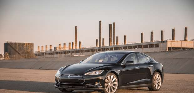 CR da al Tesla Model S P85D el mejor puntaje de su historia