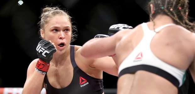 Ronda Rousey tendrá que pelear antes de lo planeado