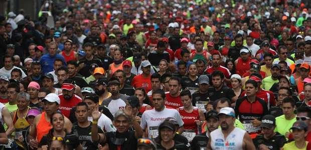 Fallece un corredor en el Maratón CDMX 2015 por infarto