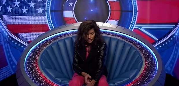 Janice Dickinson tem convulsão ao vivo em programa de TV