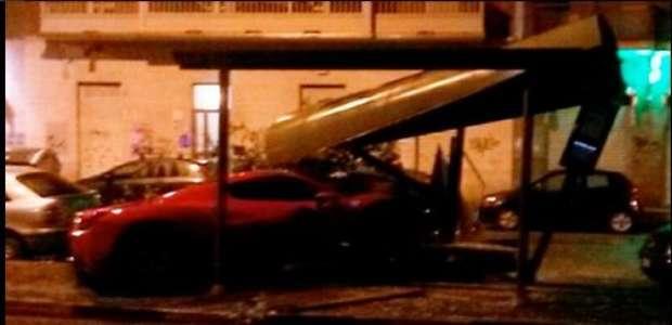 Embriagado, Cáceres bate Ferrari, e Juve afasta zagueiro