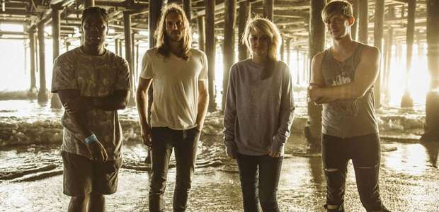 Bloc Party apuesta sin éxito con 'The Love Within'