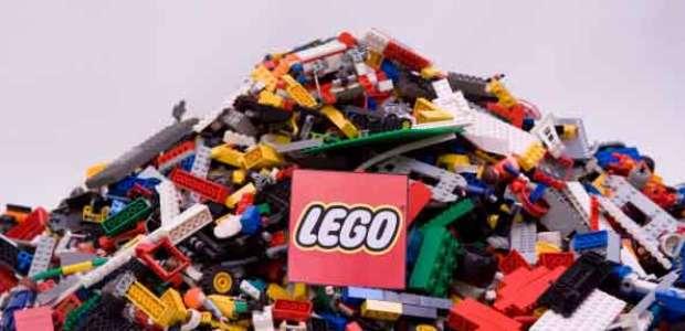 Lego se pasa de los juguetes a las turbinas eólicas