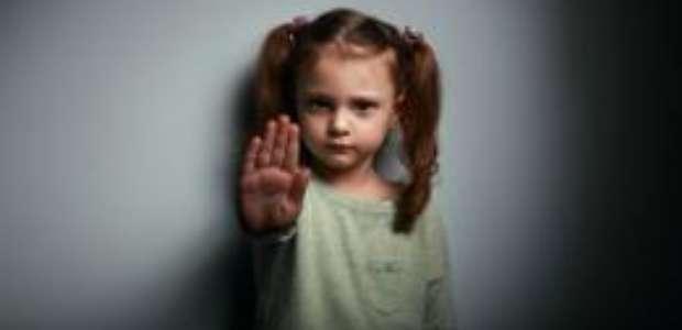 Mais de 400 mil crianças não denunciam abusos, diz estudo
