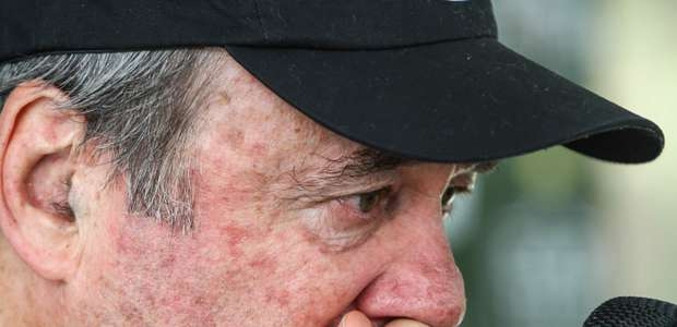 Levir Culpi se despede do Atlético-MG e não segura lágrimas