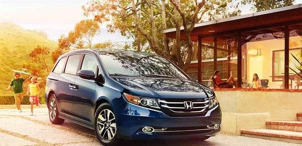 Kelley Blue Book nombra los 16 mejores autos para la familia