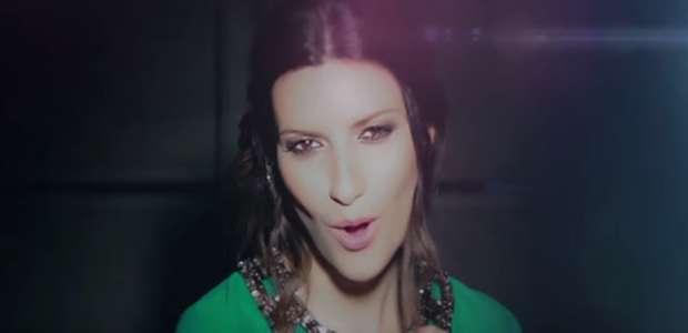 Juan Gabriel reinventa un éxito con Laura Pausini