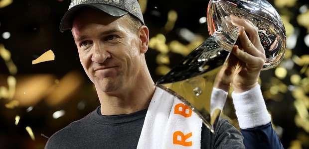 Broncos vencem Panthers e conquistam 3º título do Super Bowl