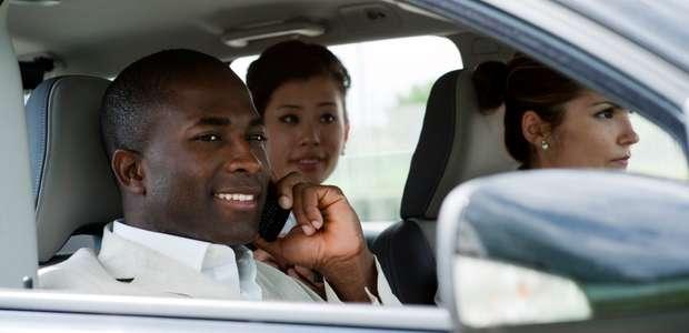 Carro compartilhado é solução para driblar a crise