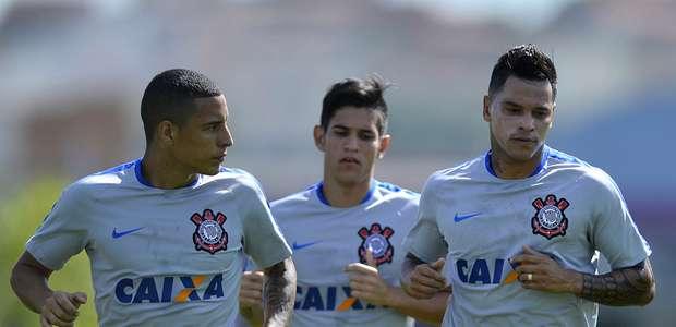 Fora dos planos, Moisés e Gustavo Vieira são emprestados ...