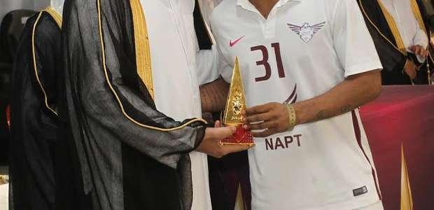 Com 35 gols no Qatar, Romarinho conquista primeiro ...