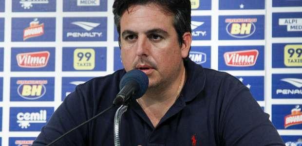 Com 'não' de brasileiros, Cruzeiro busca técnico no exterior