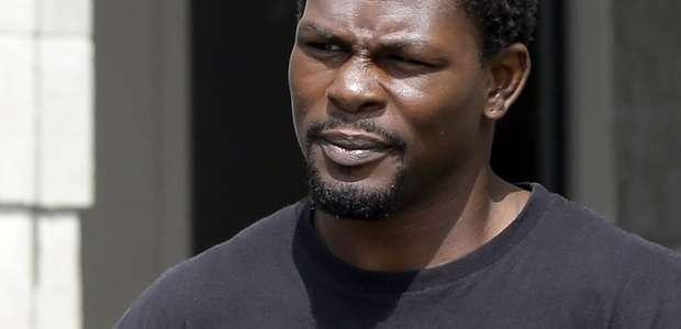 Boxeador Jermain Taylor evade cárcel por 3 delitos graves