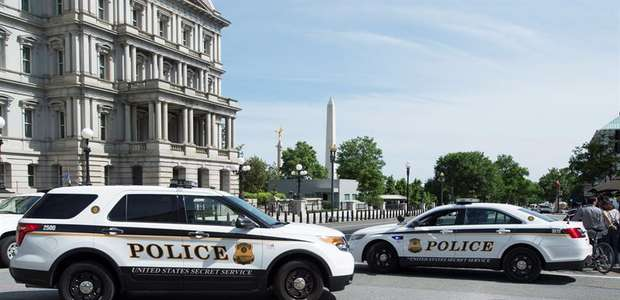 Casa Branca é isolada após pacote suspeito ser encontrado