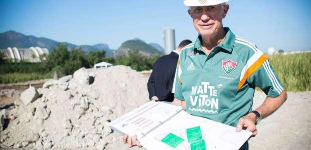 Pedro Antônio evita falar sobre sonho de estádio do Flu: ...