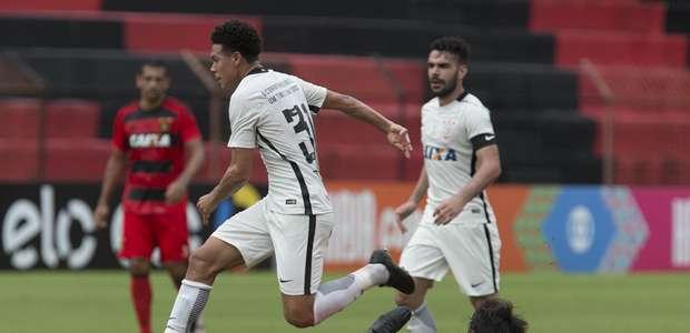 Apesar da vitória do Corinthians, Tite critica partida ...