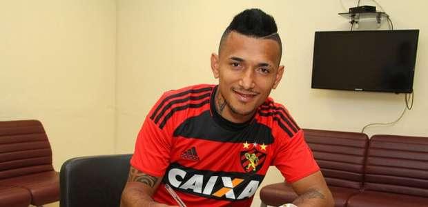Rogério é regularizado pelo Sport e pode estrear domingo