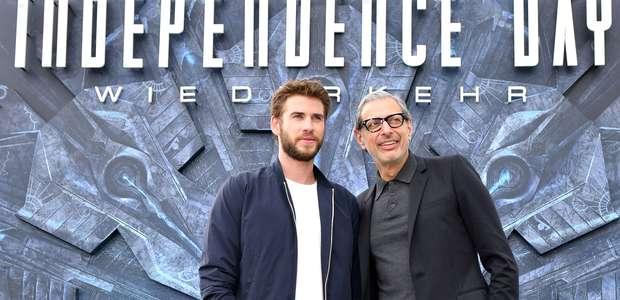 Jeff Goldblum y Liam Hemsworth se adoran fuera de la ...