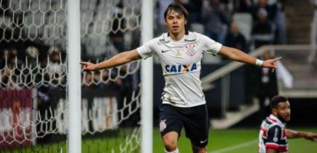 Romero diz que pensou em sair do Corinthians com Tite: ...