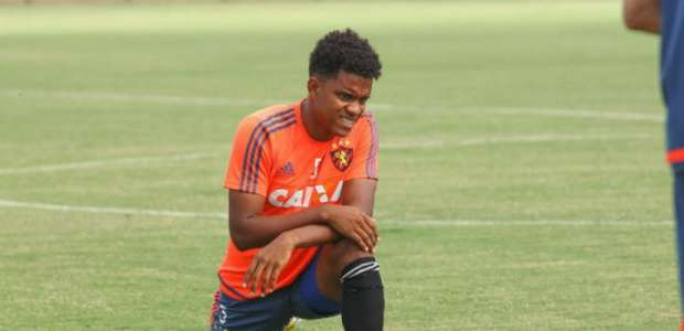 Magrão e Rithely podem desfalcar Sport contra o Palmeiras