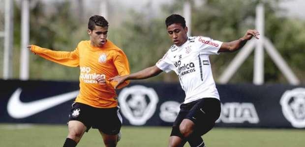 Formado no Corinthians, lateral deve ser anunciado nesta ...