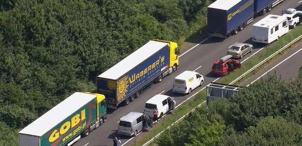 Enorme demora de tránsito entre Inglaterra y Francia